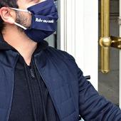 Sortez votre meilleur #masque (et votre plus belle chemise si vous le souhaitez 😁) pour arpenter les rues à l'affût d'une terrasse de café !  Pour commander, rdv non pas au ☕, mais sur www.lebeaumasque.fr 😋 🤩 La livraison est gratuite 🤩 Choisissez 5 masques, n'en payez que 4  #rdvaucafe #masques #tissu #categorie1 #protection #terrasse