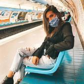 Matchy matchy🧿 Un masque pour chaque look, pour être stylée à tout moment😷 Merci à @noatbk de toujours aussi bien les porter 🤍   . . . #lebeaumasque #covid19 #covid #masques #masquebarriere #monbeaumasque #paris #masque #protection #health #sante #norisk #fashion #style #influence #blog #insta #blogger