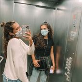Elevator mask🤗 Merci à notre fidèle @noatbk 🤍  . . . #lebeaumasque #covid19 #covid #masques #masquebarriere #monbeaumasque #paris #masque #protection #health #sante #norisk #fashion #style #influence #blog #insta #blogger